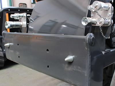 robomax - anschluss fronthubwerk - energreen germany - die technik für die profis in der grünpflege