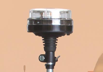 roboevo - led blinklicht - funkferngesteuerter raupenketten mulcher - energreen germany - die technik für die profis in der grünpflege