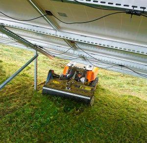 robomini - head 100 - mulcher - photovoltaik - energreen germany - die technik für die profis in der grünpflege